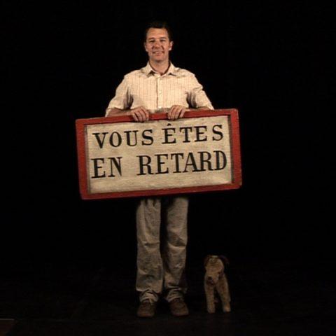 Installation interactive | Exposition lors de la Nuit Blanche 2006  [en collaboration avec Valérie de La Chapelle]  [comédien Stéphane Chivot | programmation et vidéo Benoit Simon]